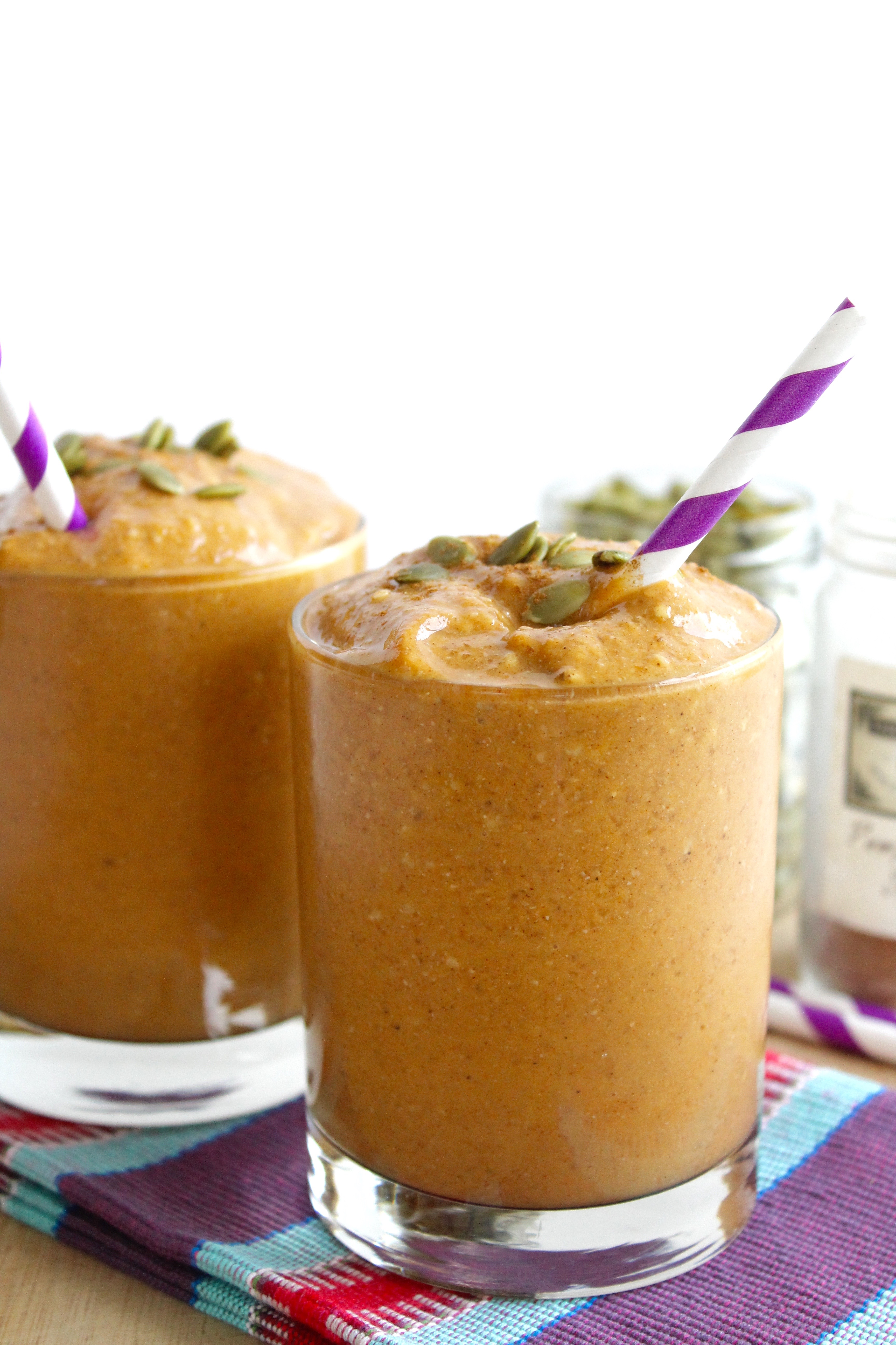 Healthy Pumpkin Pie Smoothie! This is so good!!