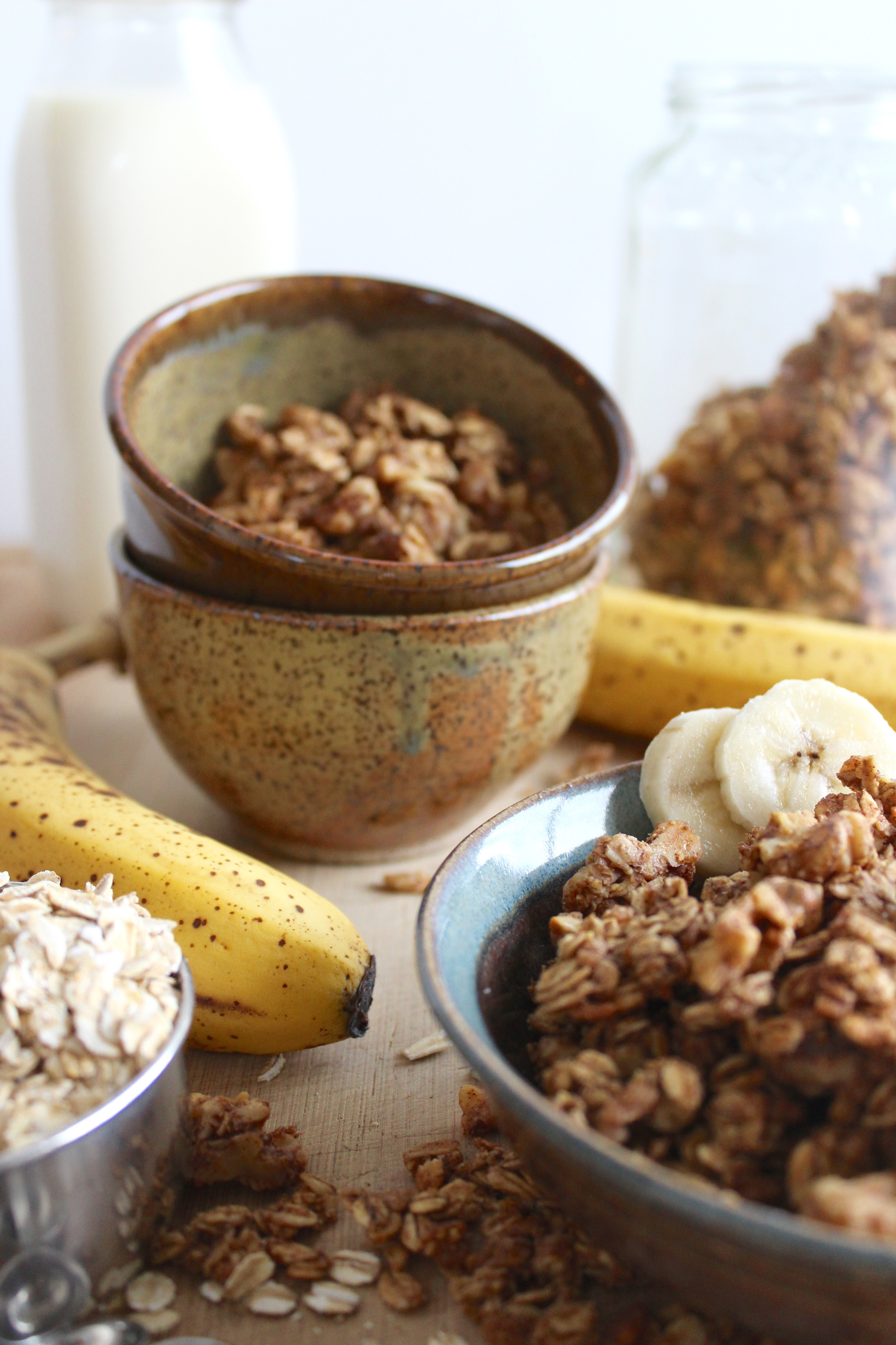 Banana Bread Granola that's naturally sweetened and so tasty!