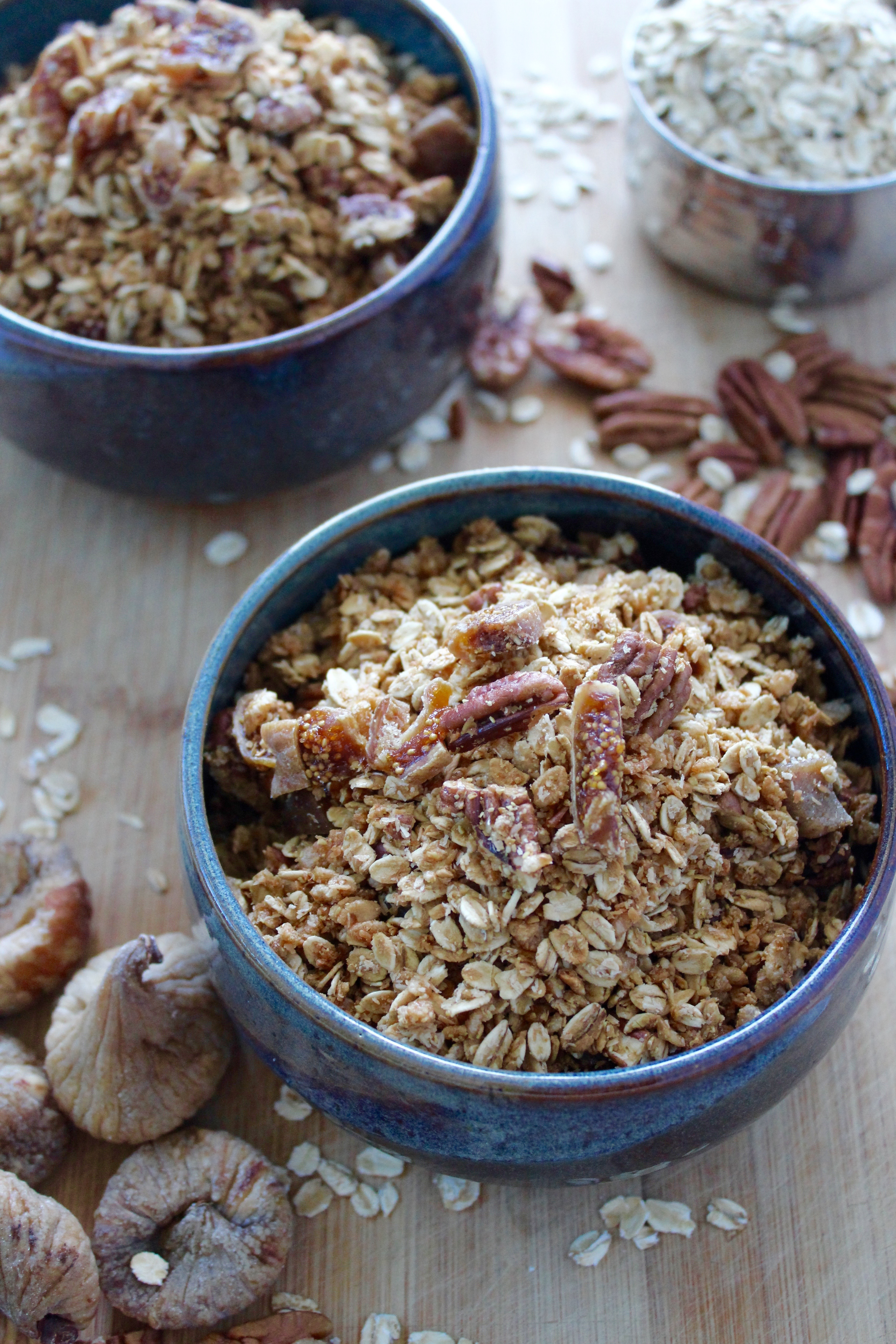 fig and pecan granola! naturally sweetened, oil free and so crunchy!