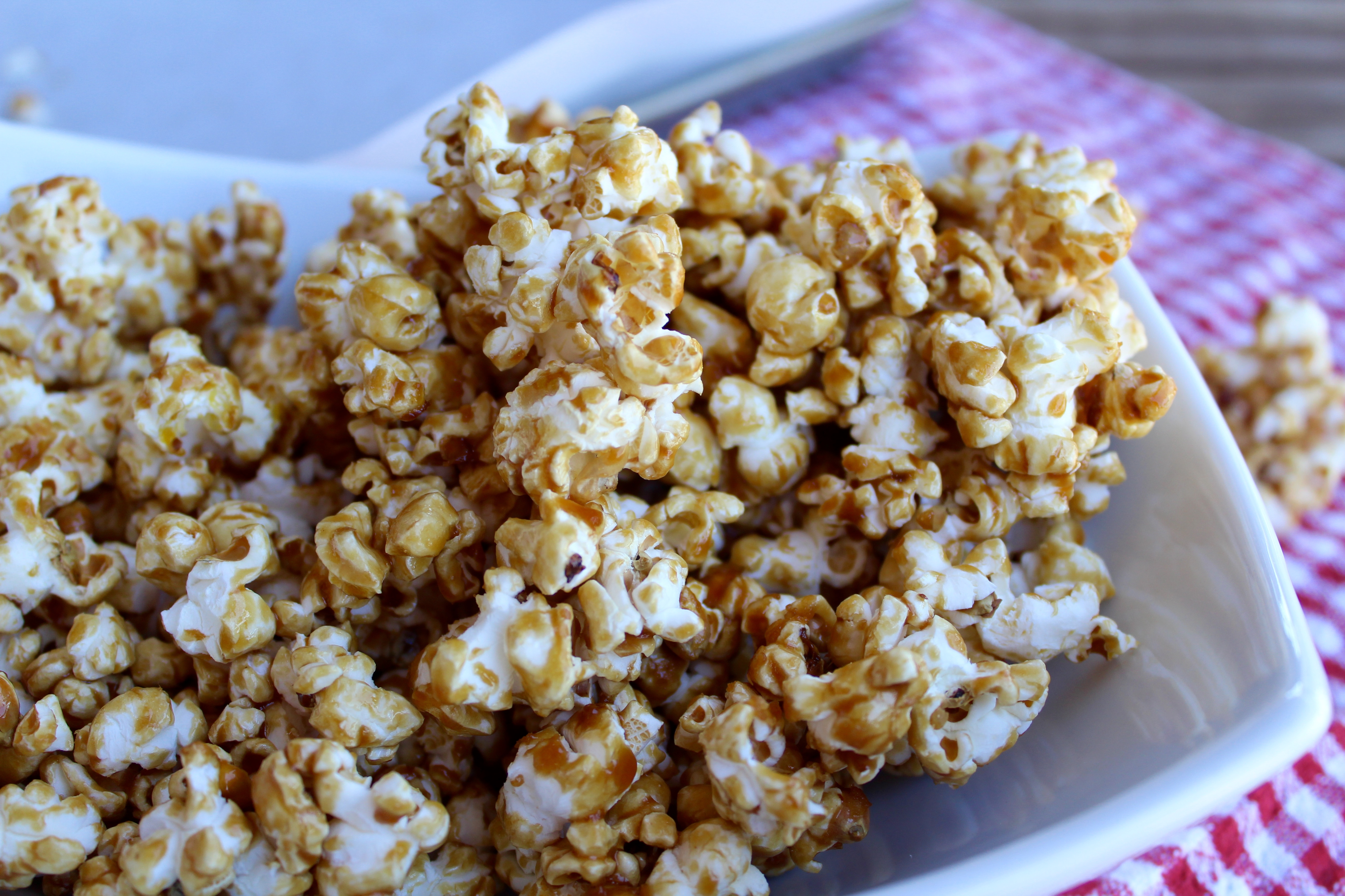 Vegan Caramel Corn that's Naturally Sweetened