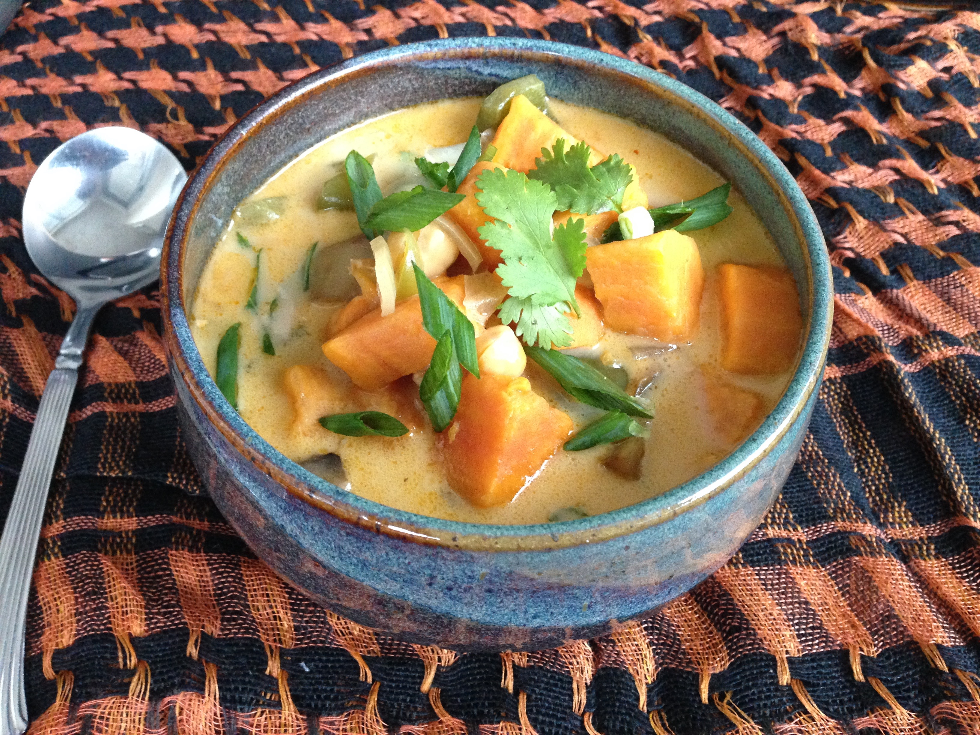 sweet potato coconut curry soup easy healthy tasty dairy free vegan